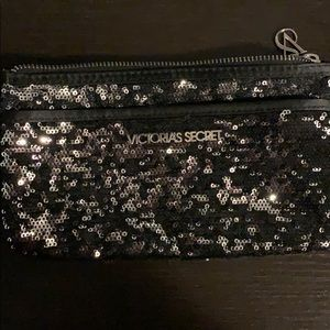 NWOT VS cosmetic bag